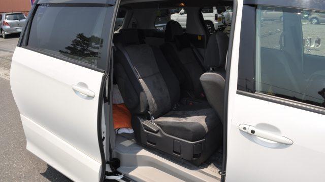 ハワイで7人乗りを借りるならココの会社!7人乗りの大きさや収納、車種、相場もチェック!